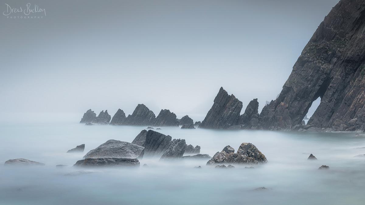 Marloes Raggle Rocks